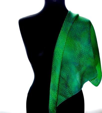 Зеленый шелковый платок ручной работы на заказ