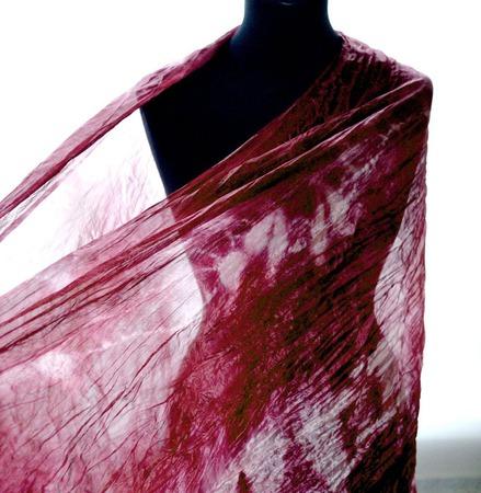 Шарф розово бордовый натуральный шелк шибори ручная окраска ручной работы на заказ