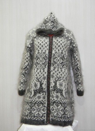 "Вязанное пальто ""Снегопад"" ручной работы на заказ"
