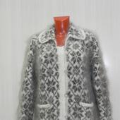фото: Одежда (вязаное пуховое изделие)
