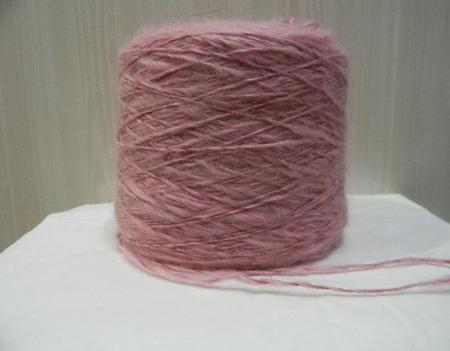 Розовая пряжа из козьего пуха ручной работы на заказ