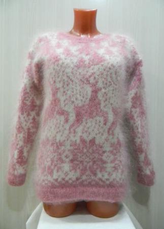 """Бело-розовый джемпер с оленями,, Зимняя сказка"""" ручной работы на заказ"""