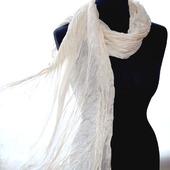 Светло бежевый женский шелковый шарф палантин эко крашение