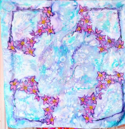 Платок шелковый батик натуральный шелк туаль, ручная роспись, подарок ручной работы на заказ