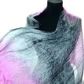 Серо розовый шелковый шарф ручная окраска, натуральный шёлк