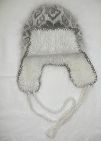 Двойные шапки с маленькими ушками ручной работы на заказ