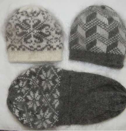 Двойные шапки ручной работы на заказ