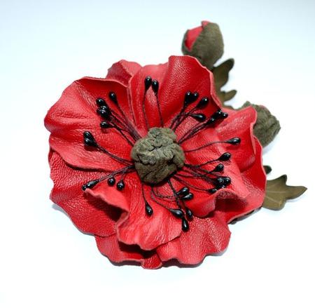 Брошь мак с бутонами красная брошь алый мак из кожи подарок женщине ручной работы на заказ