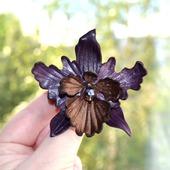 Орхидея кожаная брошь и заколка