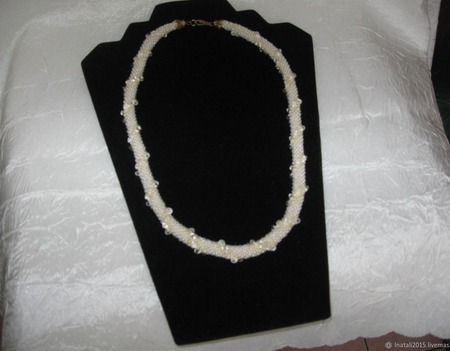 Жгут из бисера с граненным хрусталем ручной работы на заказ