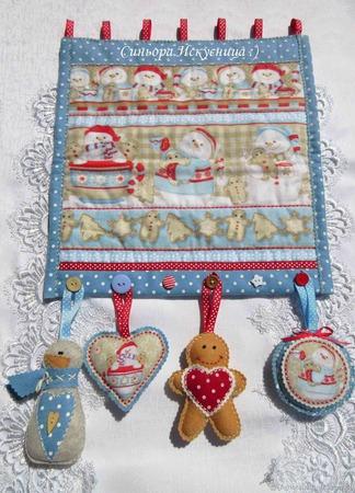 """Новогоднее текстильное панно """"Снеговики с пряниками"""" ручной работы на заказ"""