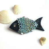 """Брошь из полимерной глины """"Рыбка"""" ручной работы синяя"""