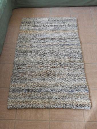 Вязаный коврик меланж экоцвет прямоугольный ручной работы на заказ