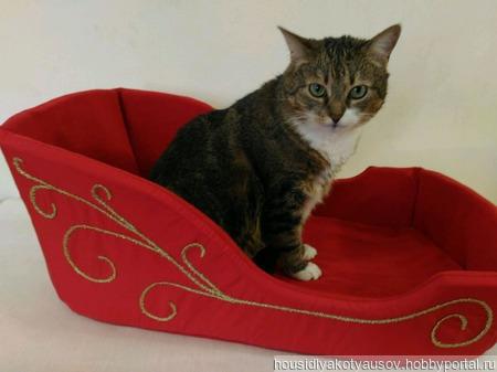 Лежанка для кошки Саночки. ручной работы на заказ