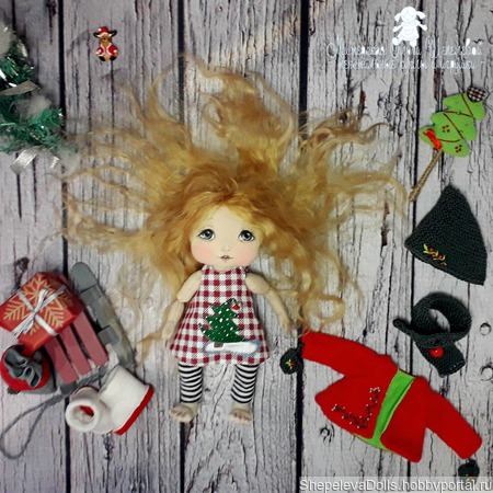 """Текстильная кукла """"Новогодняя Гномочка"""" ручной работы на заказ"""