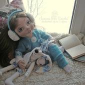 Текстильная кукла Девочка с зайкой.Текстильная подвижная кукла.