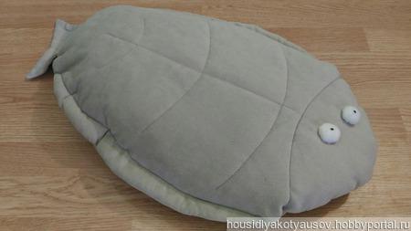 Подушка - игрушка Камбала ручной работы на заказ