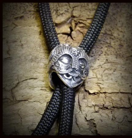 """Бусина """"Маска Одина"""" для темляков или браслетов , белый металл ручной работы на заказ"""