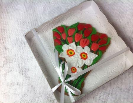 Пряник Букет цветов Нарциссы тюльпаны ручной работы на заказ