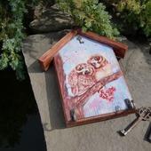фото: настенная вешалка декупаж
