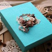 Коробка подарочная бирюзовая для кулинарной книги.