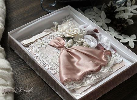 Открытка С новым годом в коробке бежевый белый подарок новый год ручной работы на заказ