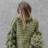 Вязаный свитер оверсайз ручной работы в Москве