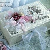 """Коробочка """"Мамины сокровища"""" шкатулка для девочки белый розовый"""