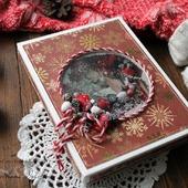 Открытка новогодняя в коробке бордовый золотой новогодний венок