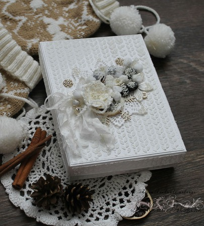 """Открытка"""" С новым годом"""" в коробке белый бежевый новогодний ручной работы на заказ"""