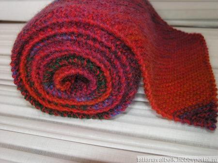 """Вязаный шарф с мохером """"Красный Синий Зеленый"""" ручной работы на заказ"""