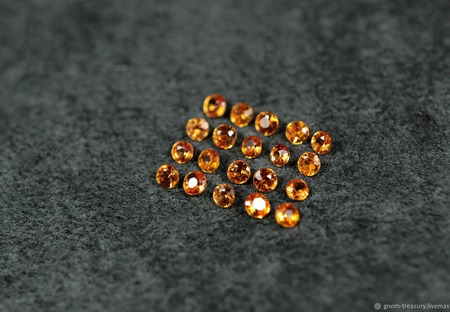 """Комплект мандариновых сапфиров """"Новогодний"""", сет из 20 камней ручной работы на заказ"""