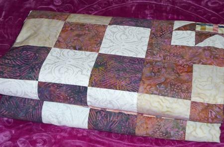 """Лоскутное одеяло """"Сиреневый романс"""". ручной работы на заказ"""