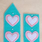 фото: Канцелярские товары (закладка с сердечком)