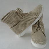 Вязаные женские ботинки