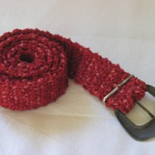 Пояс вязаный красный винтажная пряжкка