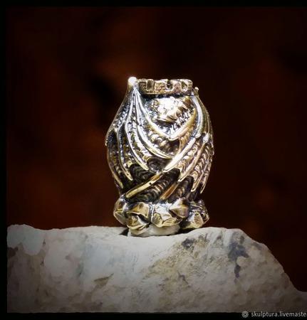 """Бусина """"Дракон Смауг"""" для темляков или браслетов из паракорда ручной работы на заказ"""
