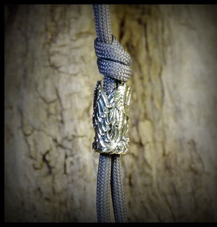 """Бусина """"Грифон"""" для темляков или браслетов , латунь ручной работы на заказ"""