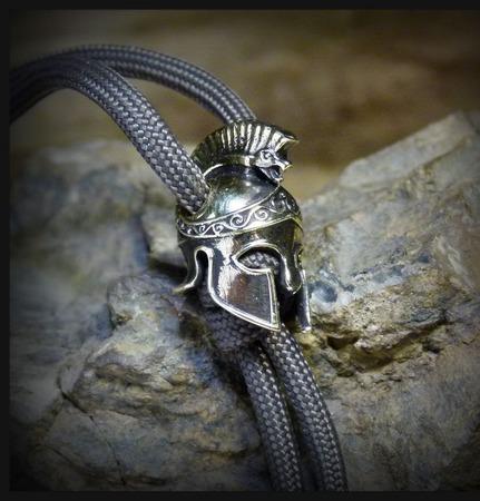 """Бусина """"Греческий шлем"""" для темляков или браслетов ручной работы на заказ"""