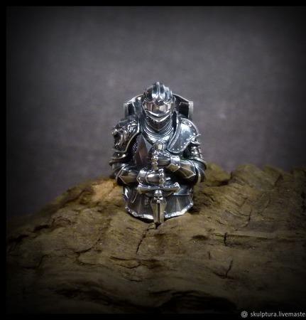 """Бусина """"Рыцарь"""" по игре Dark Souls для темляков или браслетов ручной работы на заказ"""