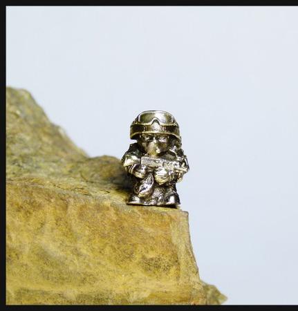"""Бусина """"Вежливый человек"""" для темляков или браслетов ручной работы на заказ"""