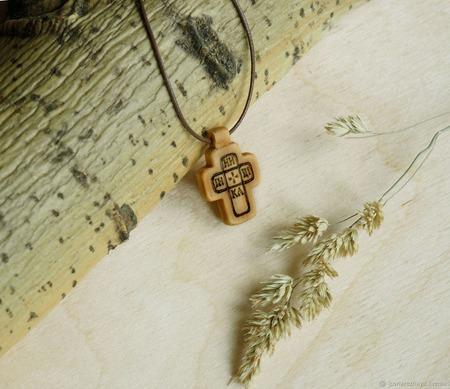 """""""Лепта"""" - деревянный нательный крест из кипариса ручной работы на заказ"""
