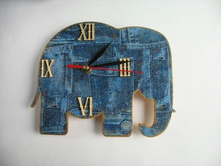 """Часы настенные в детскую """"Слоники - часовщики"""" ручной работы на заказ"""
