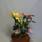 Интерьерная цветочная композиция из фоамирана