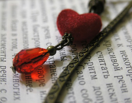 Романтичная - закладка для книг ручной работы на заказ