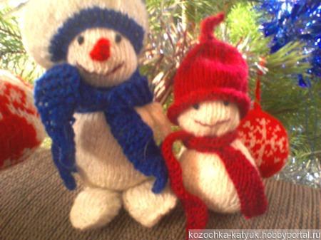Вязанная новогодняя игрушка Снеговик. ручной работы на заказ