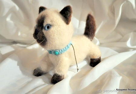 Валяный котик Сима ручной работы на заказ