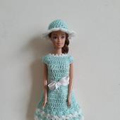 Бирюзово-белое платьице и шляпка для Барби