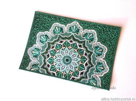 Зеленая обложка кожаная на паспорт точечная роспись ручной работы на заказ