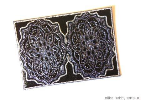 Кожаная обложка на документы Черный цветок точечная роспись ручной работы на заказ